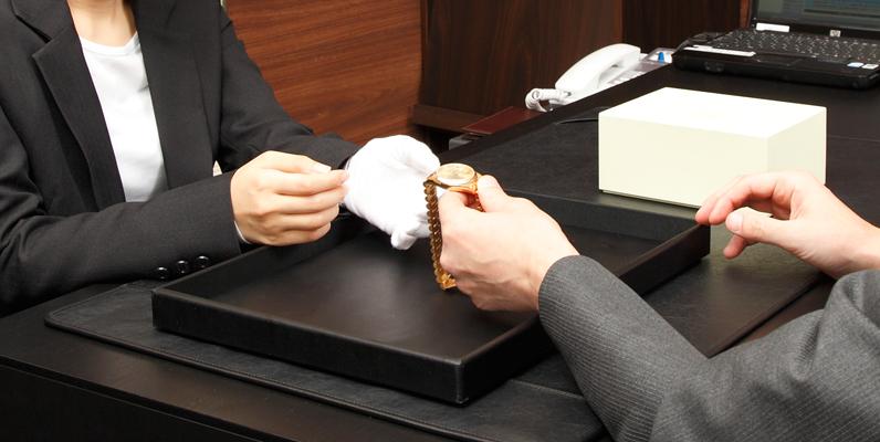 腕時計の売却ガイド。初めて買取店を利用する時に知っておいてほしいこと