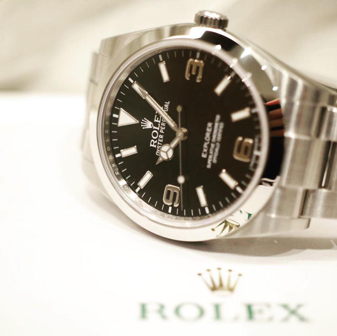 ロレックス エクスプローラーI 214270